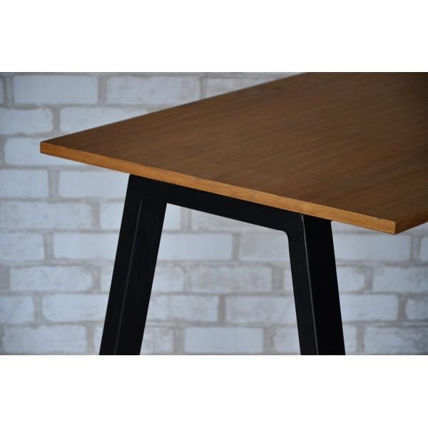 Стол Тавол КС 8.4 металл опоры черные 140смх60смх75см шпон натурального дерева ДУБ